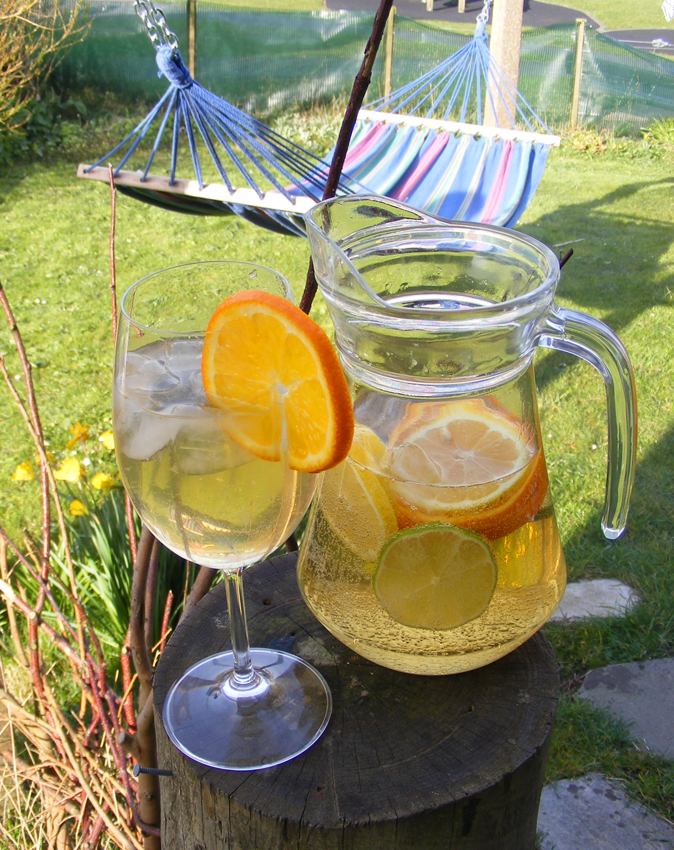 white-wine-sangria