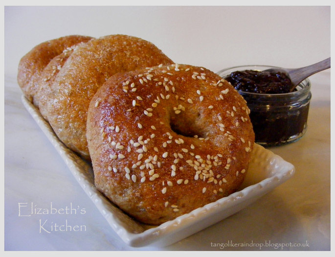 honey-wheat-bagels