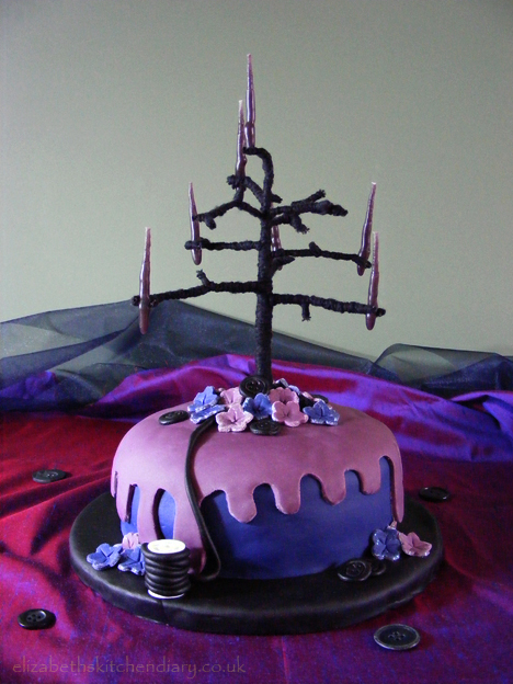 coraline cake 3