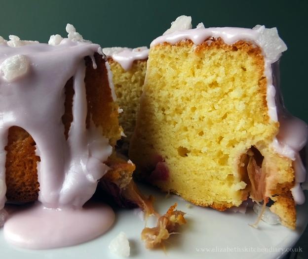 rhubarb saffron cake