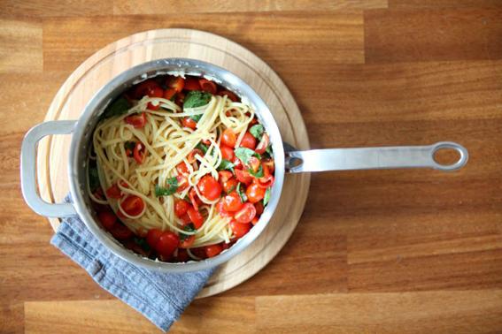 Fresh Tomato Paste by ProWare Kitchen
