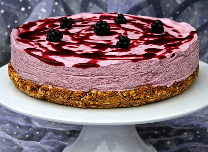 Blackberry-Coconut Chocolate Nobble Cheesecake
