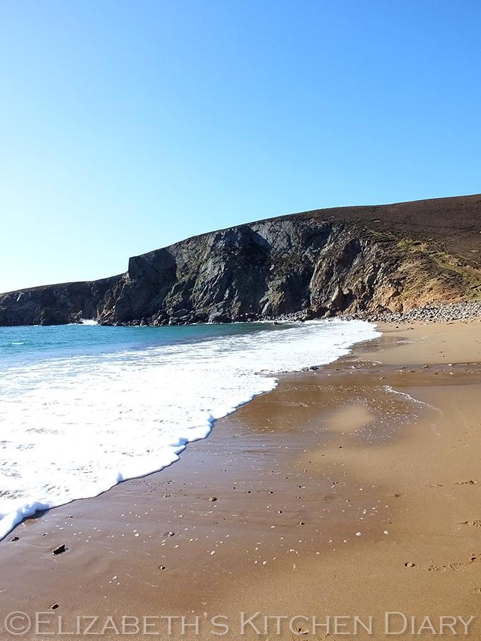 Muckle Roe Beach