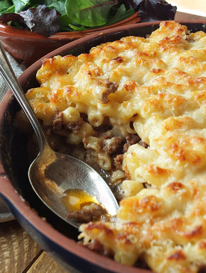 Layers of ooey gooey macaroni cheese sandwiching a cumin spiced lamb mince. #pastitsio #macaronicheese #macaroni