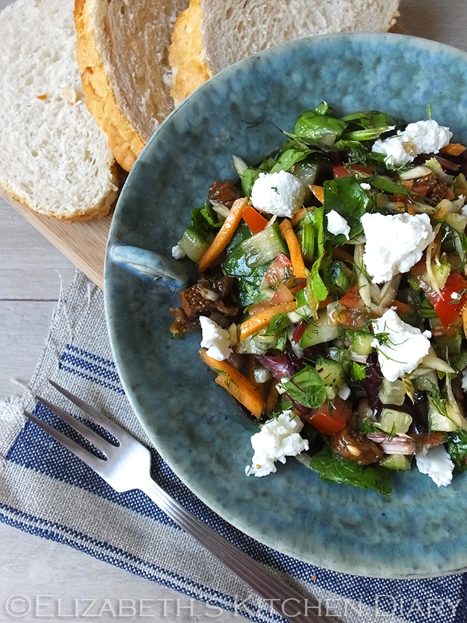 Cretan Summer Salad with Goats Cheese & Figs
