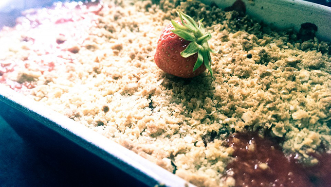 Strawberry Fields Crumble