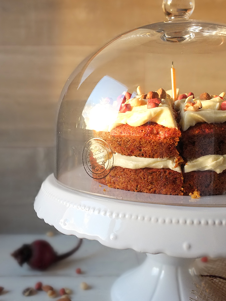 Cake With Fruit Pulp : Carrot, Beetroot & Ginger Juice Pulp Cake with Cream ...