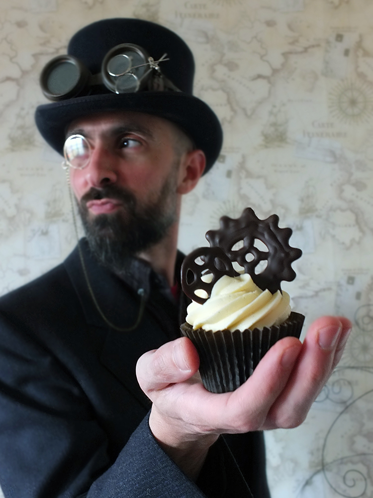 Dark Chocolate & Bourbon Vanilla Steampunk Cupcakes