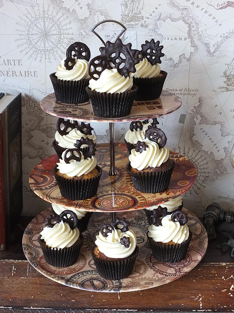 Dark Chocolate & Bourbon Vanilla Steampunk Cupcakes