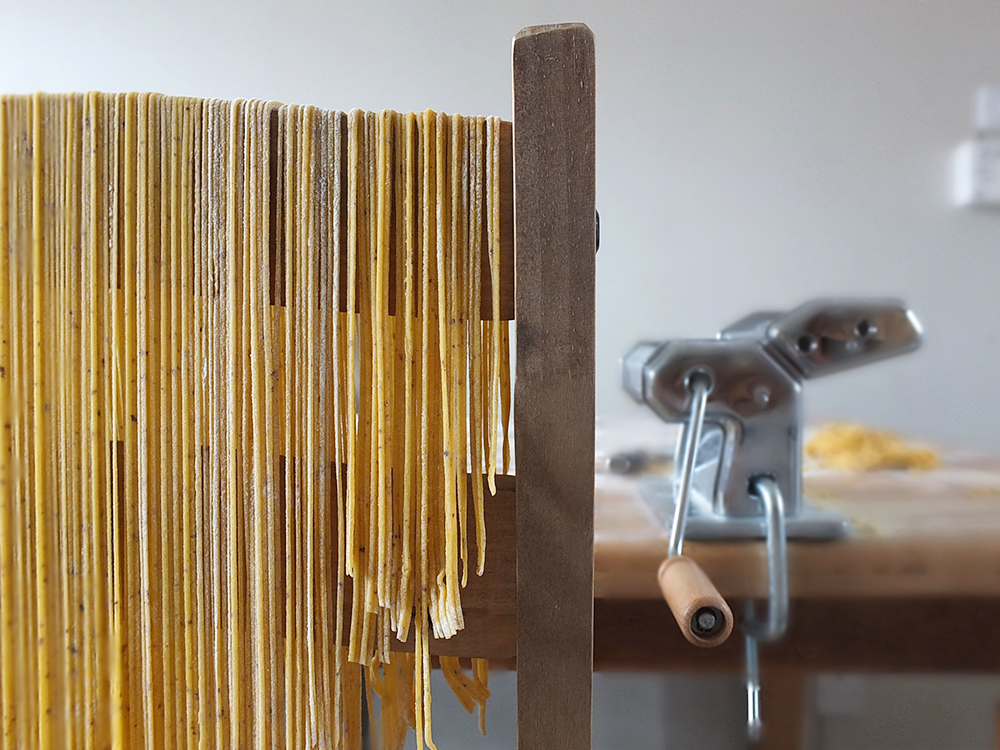Linguine with Dulse Flakes