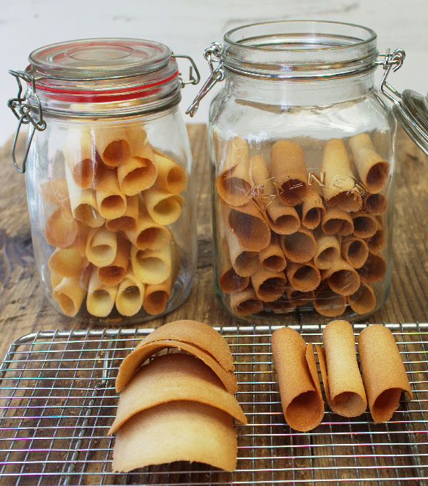 Tuiles by Tales from the Kitchen Shed