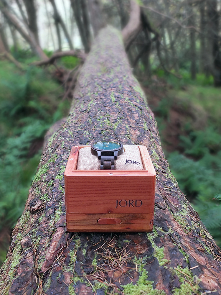 Jord Wood Watch: Frankie - Dark Sandalwood and Emerald