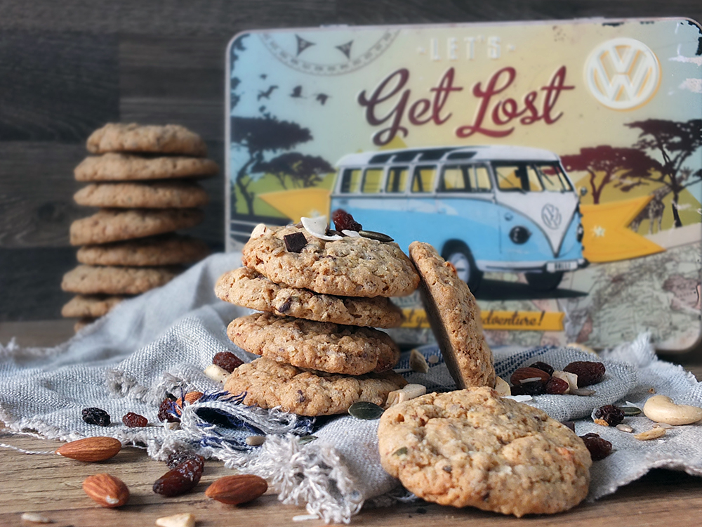 Chewy Trail Mix Oatmeal Cookies