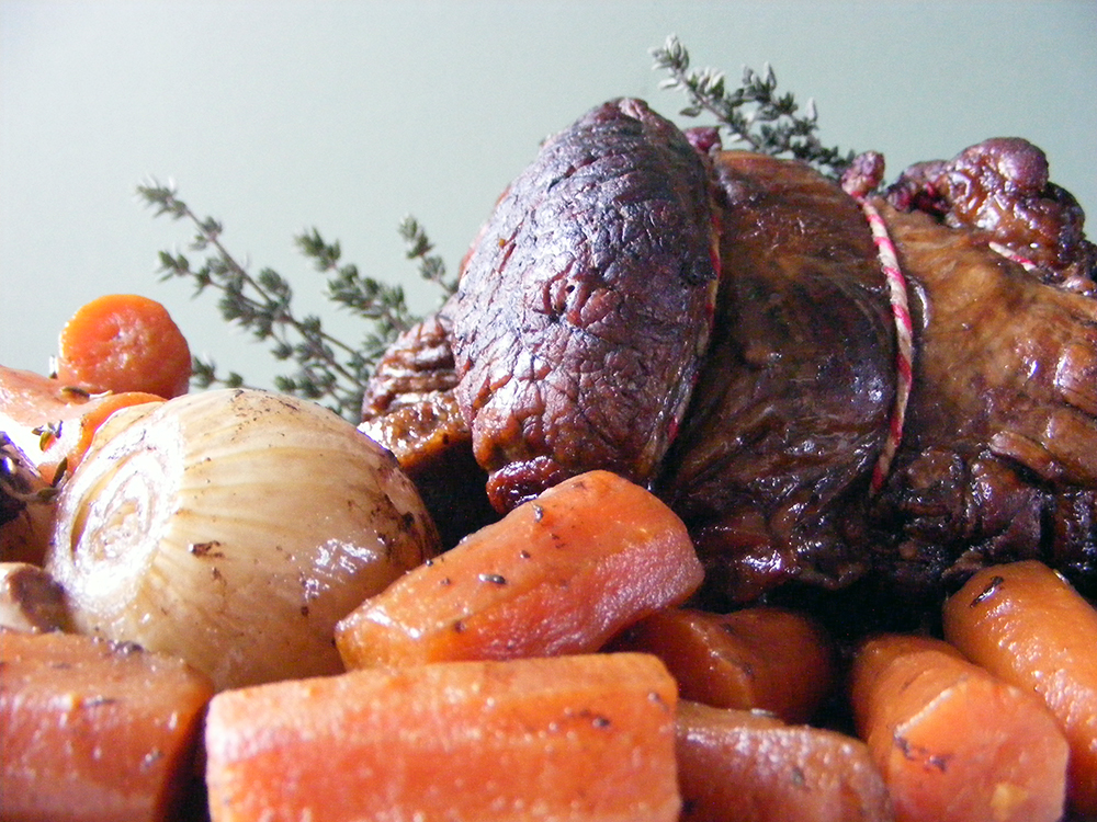 Slow Cooker Rolled Brisket with Red Wine & Thyme