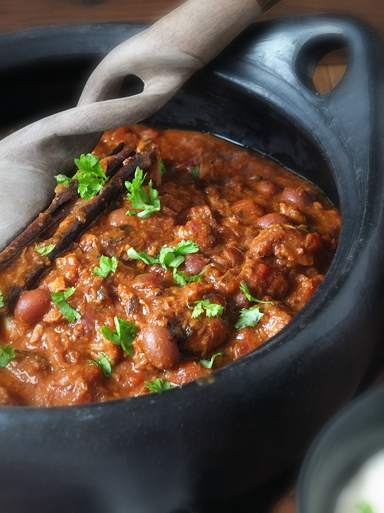 Slow Cooker Lamb Chilli with Pasilla Peppers