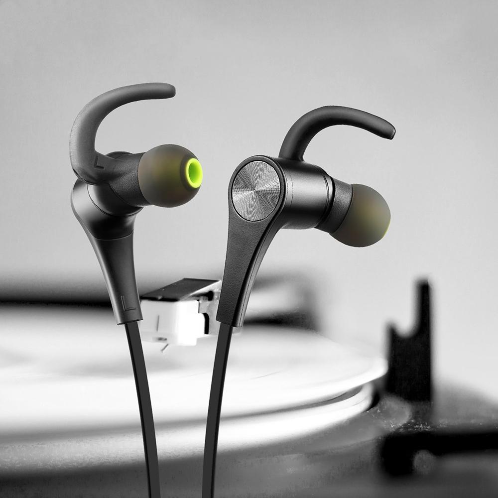 review soundpeats q12 wireless sports earphones. Black Bedroom Furniture Sets. Home Design Ideas