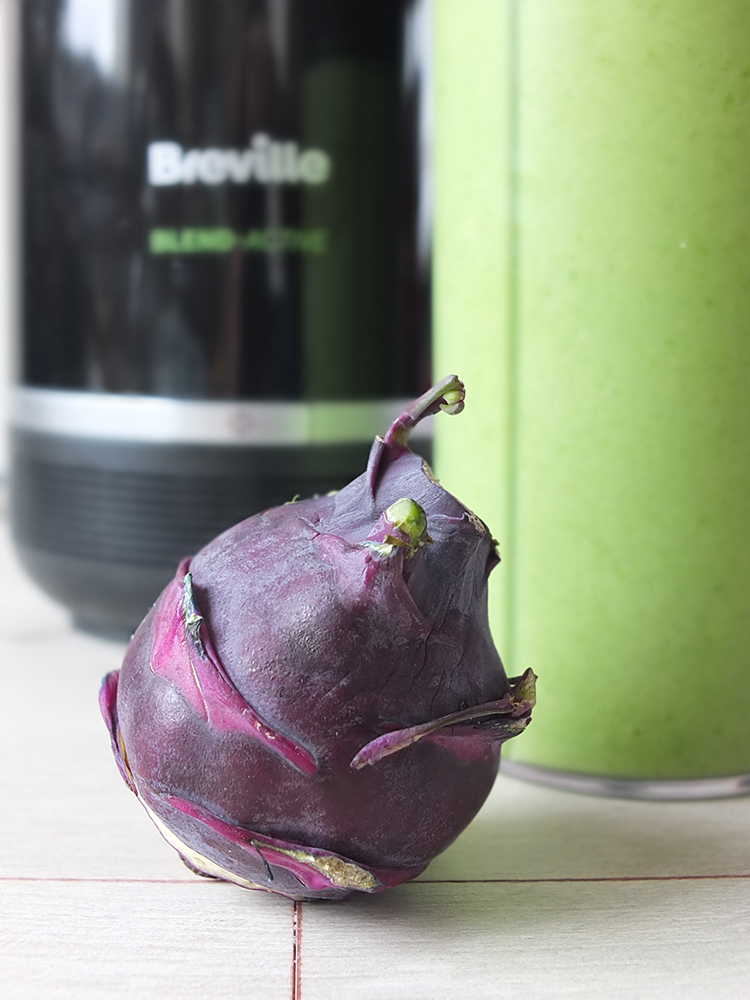 Kohlrabi Green Smoothie
