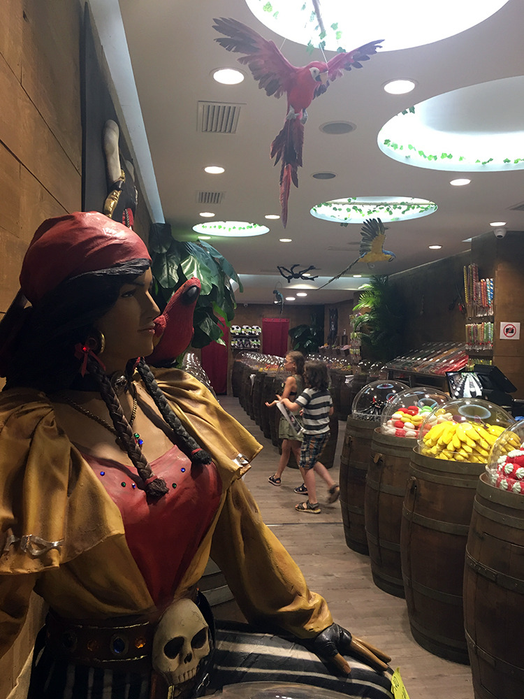Pirate Candy Shop Lloret de Mar