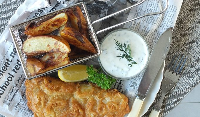 Young's Chip Shop Cod Fillets with Home Made Potato Wedges & Dill-Tartare Sauce