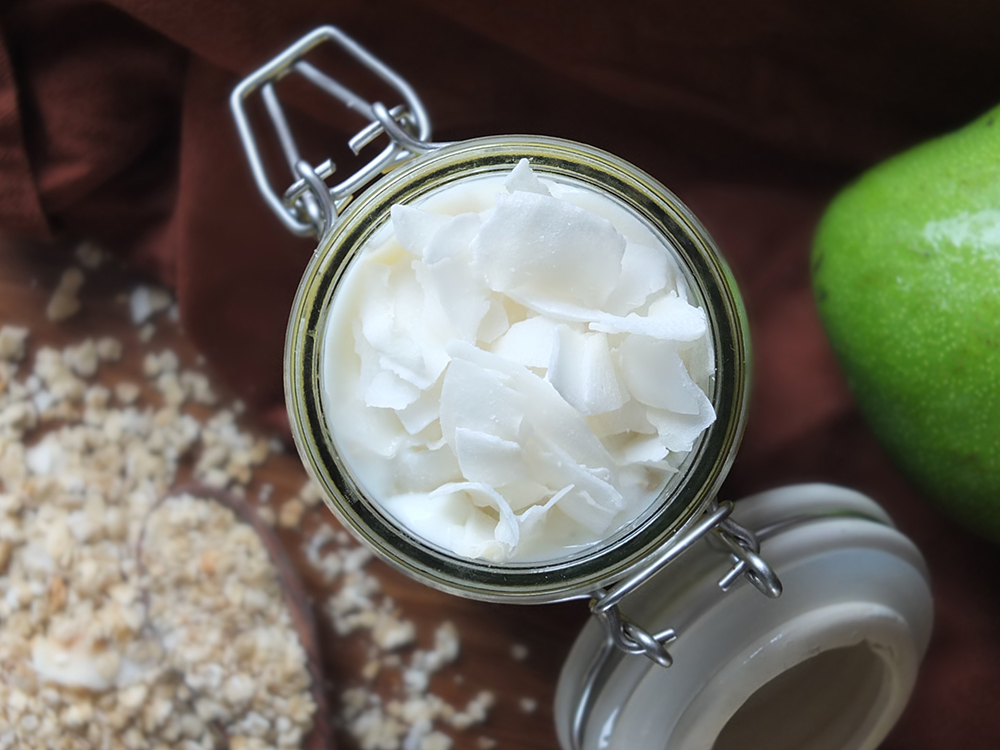 Coconut and Mango Breakfast Parfait/Overnight Oats