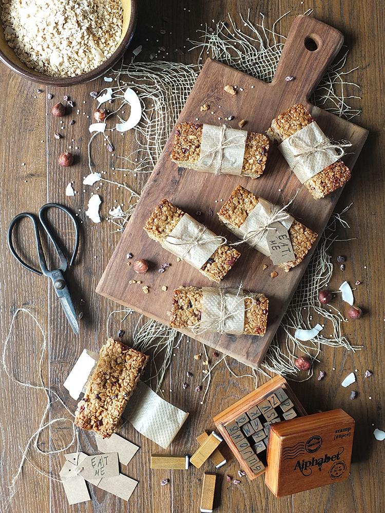 Gluten-Free Granola Bars with Hazelnut, Coconut & Quinoa