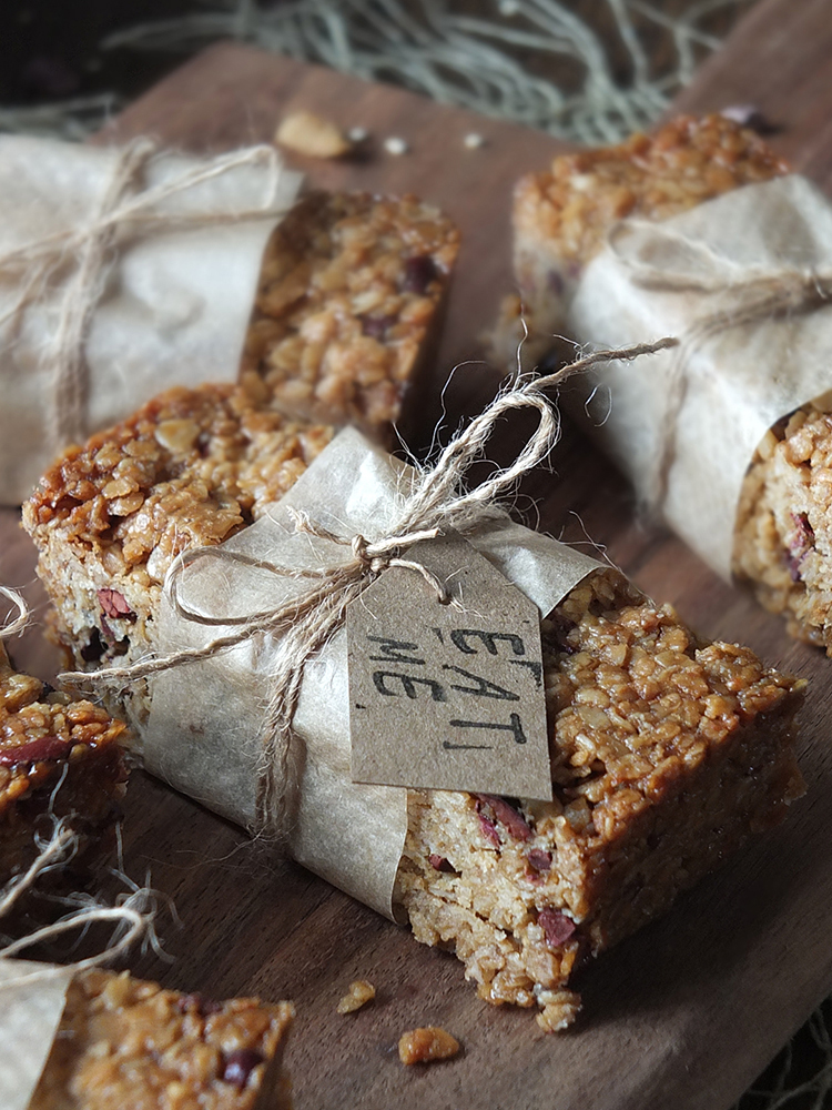 Gluten-Free Granola Bars with Hazelnut, Coconut & Quinoa