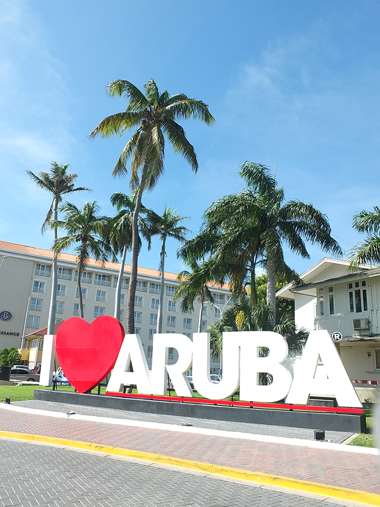 Renaissance Aruba Beach Resort & Casino Review