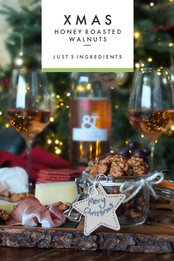 Honey Roasted Walnuts - an edible DIY Christmas Gift #Christmas #walnuts #diygift #walnutrecipe