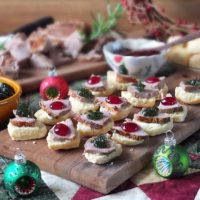 Roasted Lamb & Mini Bannock Christmas Canapés