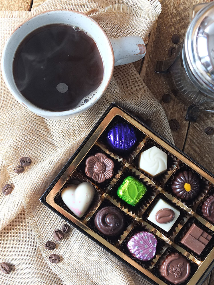 Discover Delicious dessert - coffee and chocolates