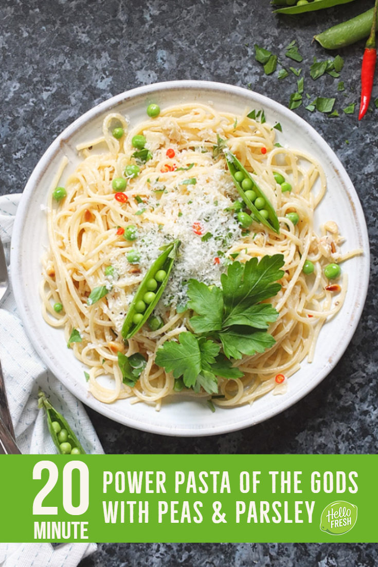 This quick and easy vegetarian spaghetti recipe is ready in just 20 minutes! #vegetarian #pasta #spaghetti #ad