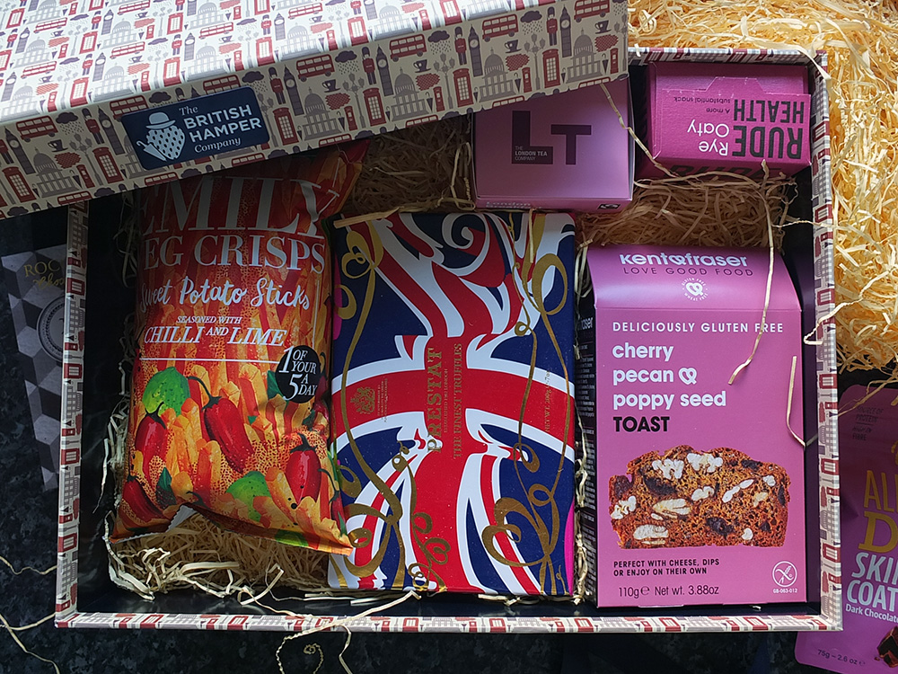 The British Hamper Company - London Gin and Tonic Hamper - unboxing