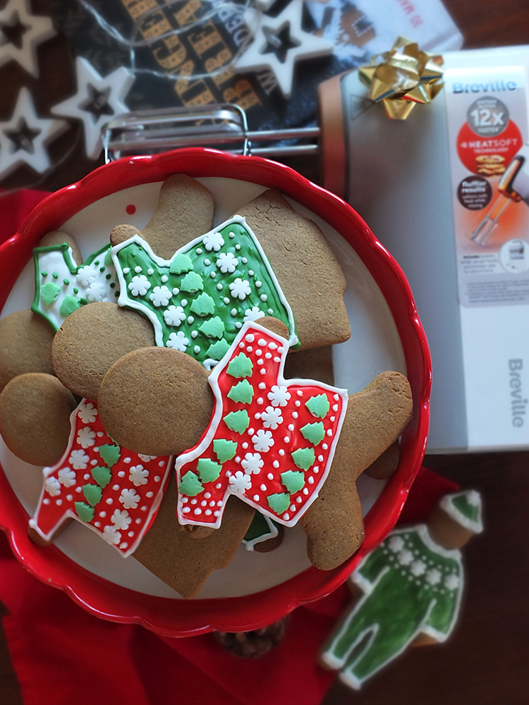 Breville HeatSoft Christmas Cookies image