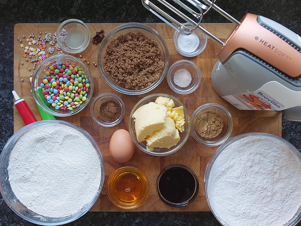 Ingredients for gingerbread men recipe