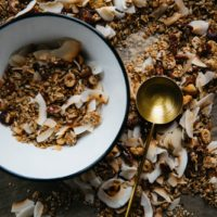 How to turn dry muesli into crunchy granola clusters