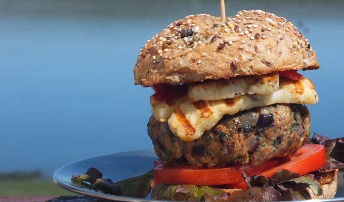 BBQ Lamb Burgers with Fiery Chilli Halloumi