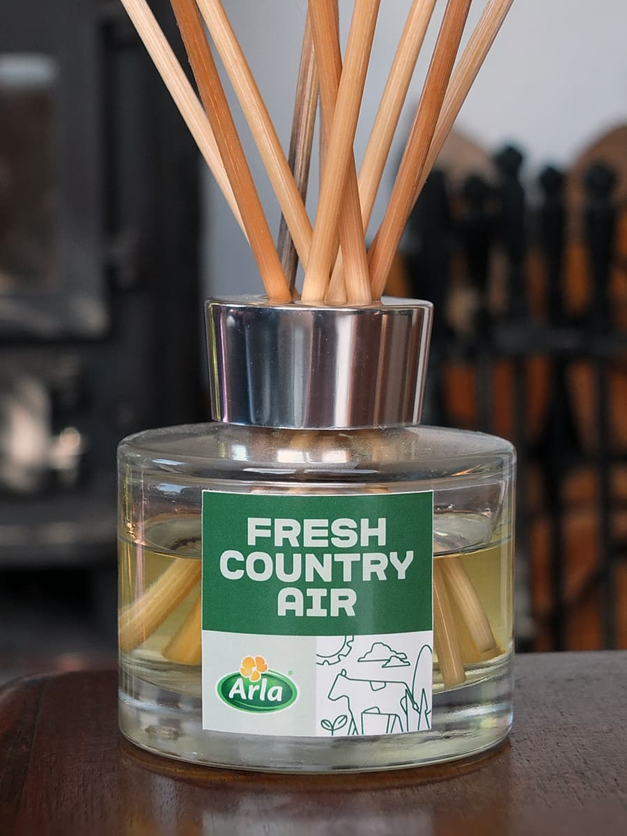image of the limited edition room fragrance by Arla