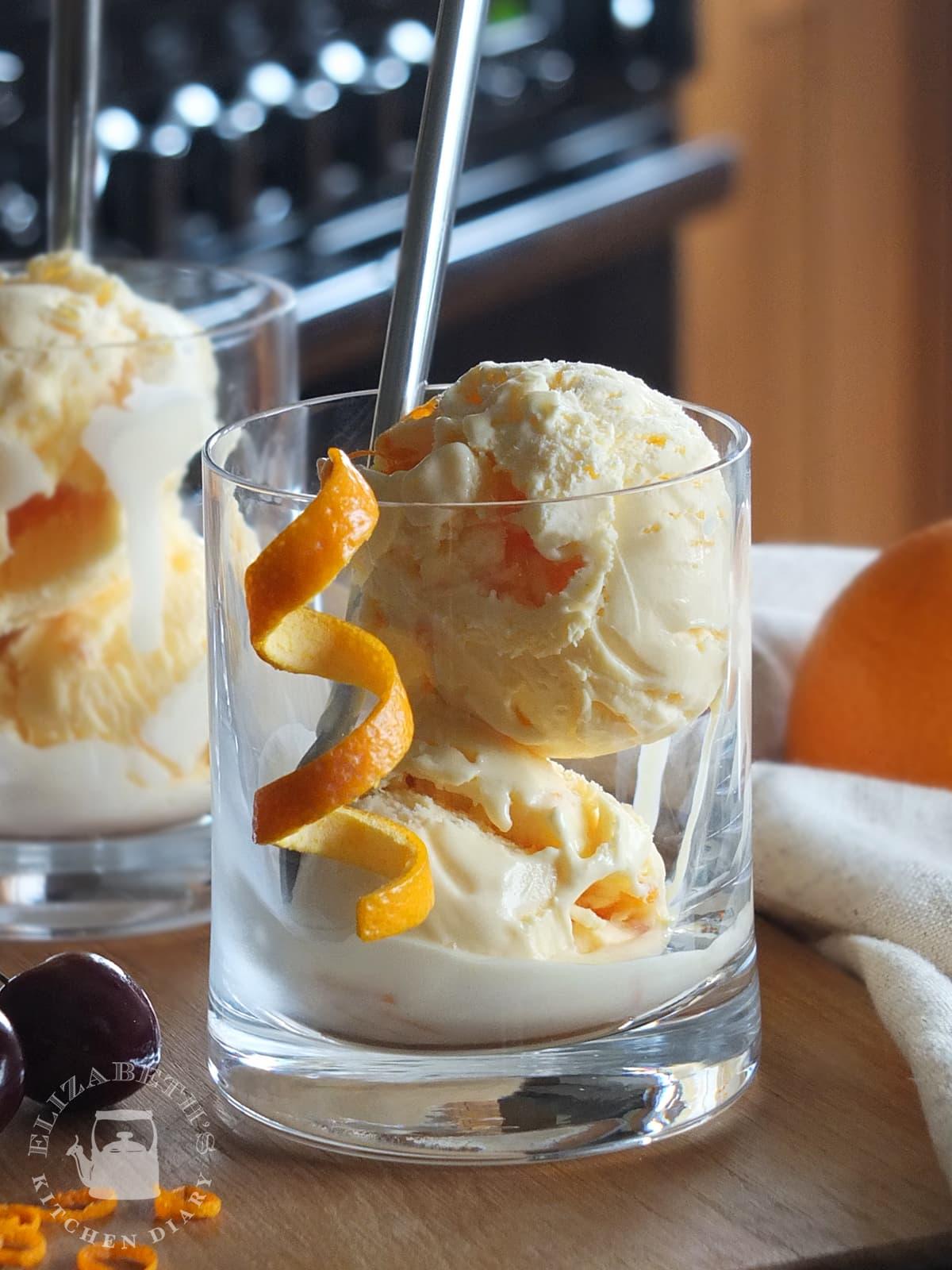 Old-Fashioned-Bourbon-and-Orange-Ice-Cream-image