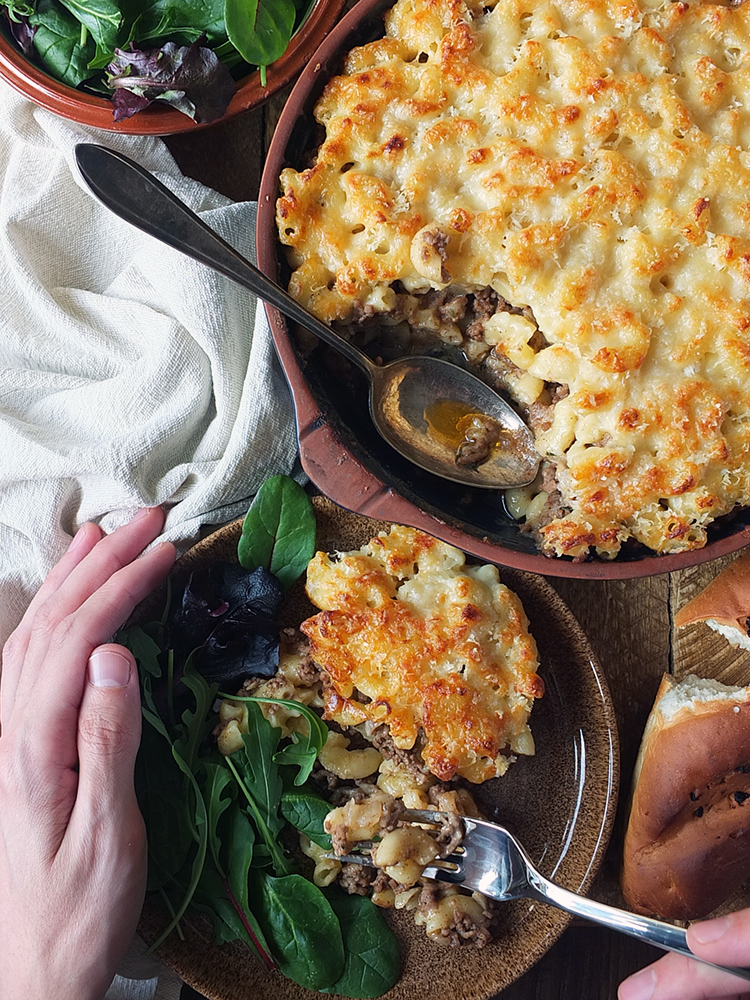 Layers of ooey gooey macaroni cheese sandwiching a cumin spiced lamb mince. #pastitsio #macaronicheese #macaroni