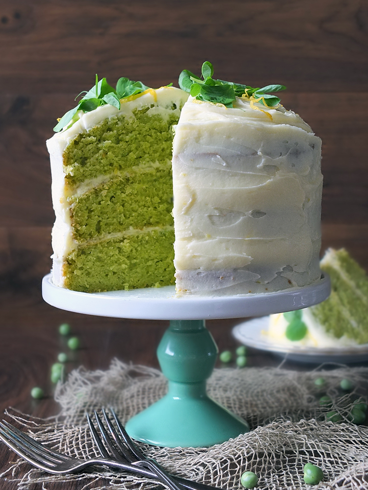 Pea And Vanilla Cake With Lemon Icing Elizabeth S Kitchen Diary