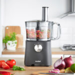 Win a VonShef 750W Food Processor worth £79.99!