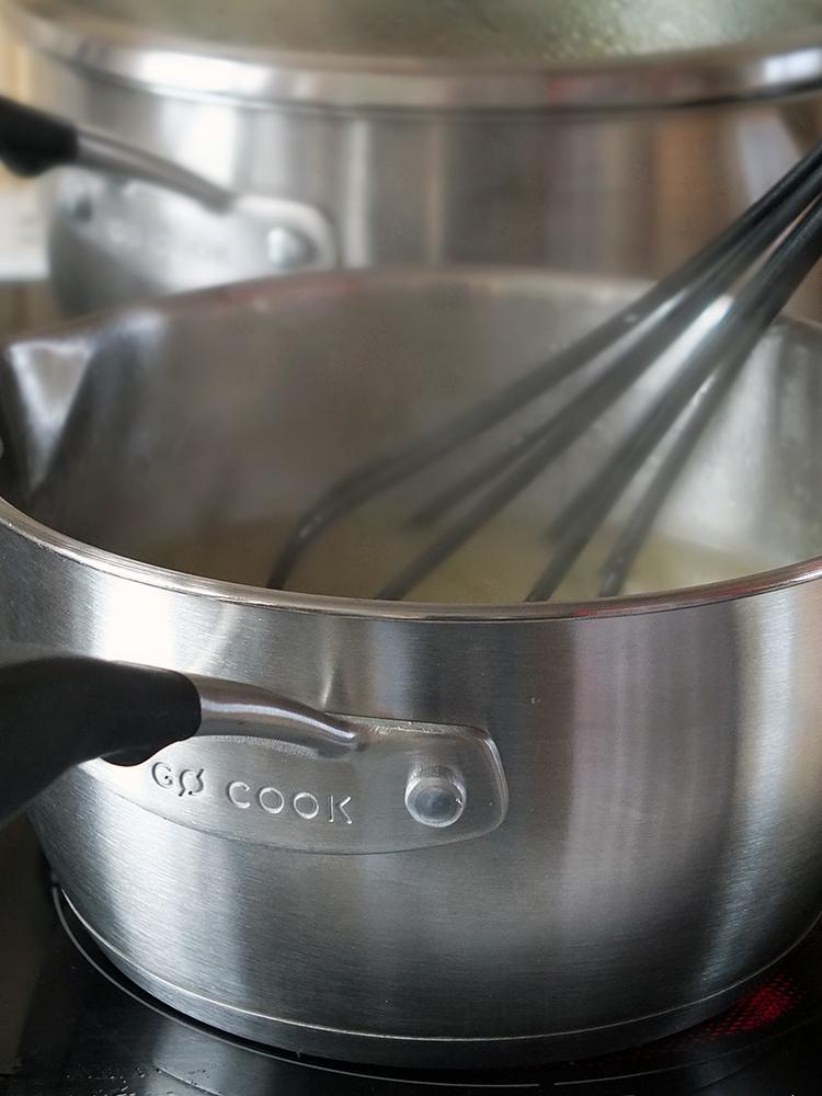 The Ultimate Roast Chicken Dinner - Making Gravy
