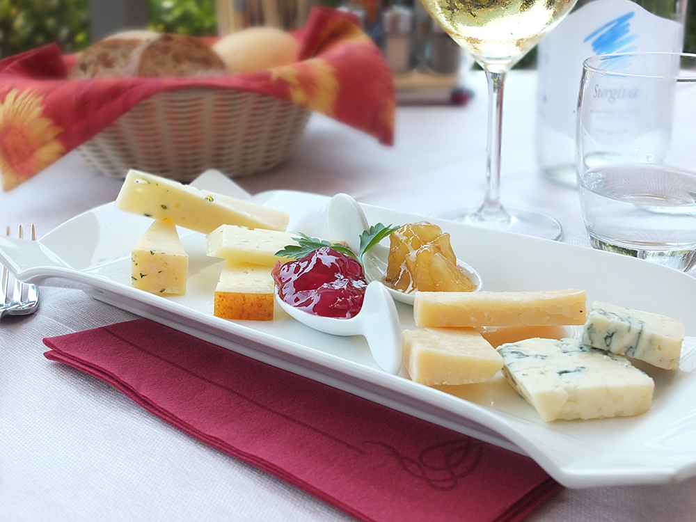 Cheese platter Antica Croce Tenno