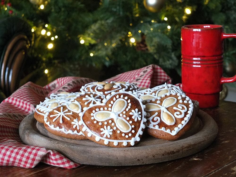 Medovníky: Slovak Spiced Honey Cookies