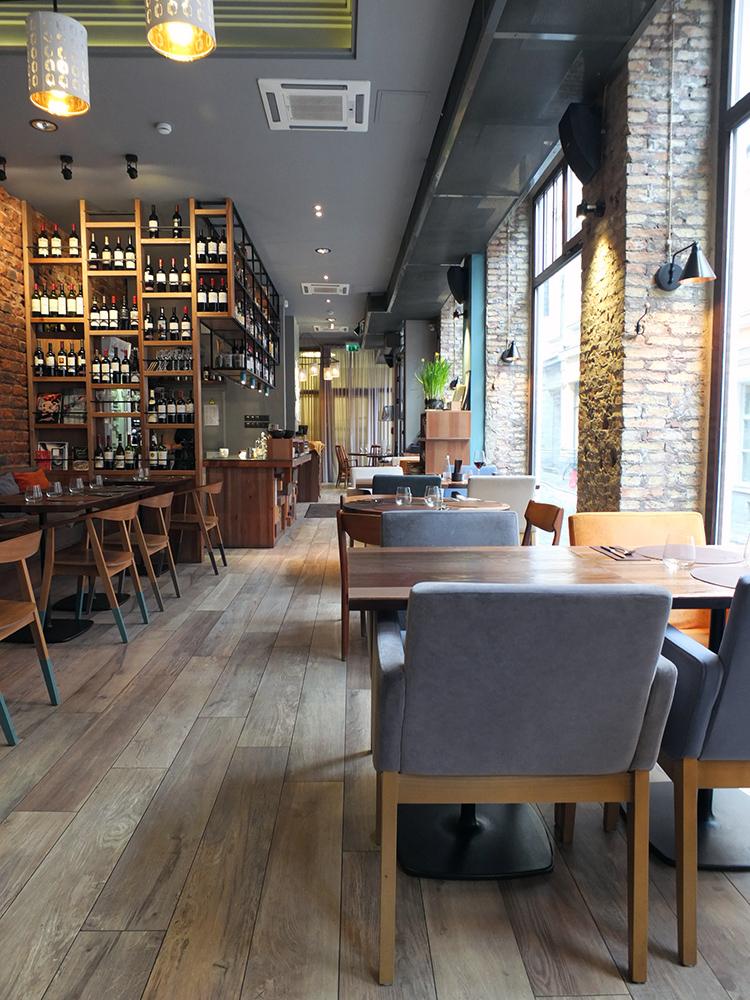 Restorans 3 Riga Latvia
