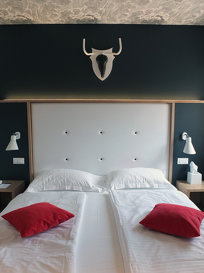 Hotel Luise Riva del Garda Italy Bedroom