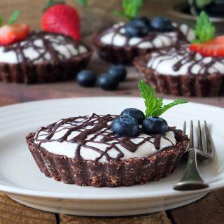 No Bake Chocolate Nut Tarts with Icelandic Skyr