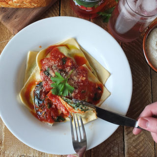 Spinach and Ricotta Ravioli with Tomato Sauce