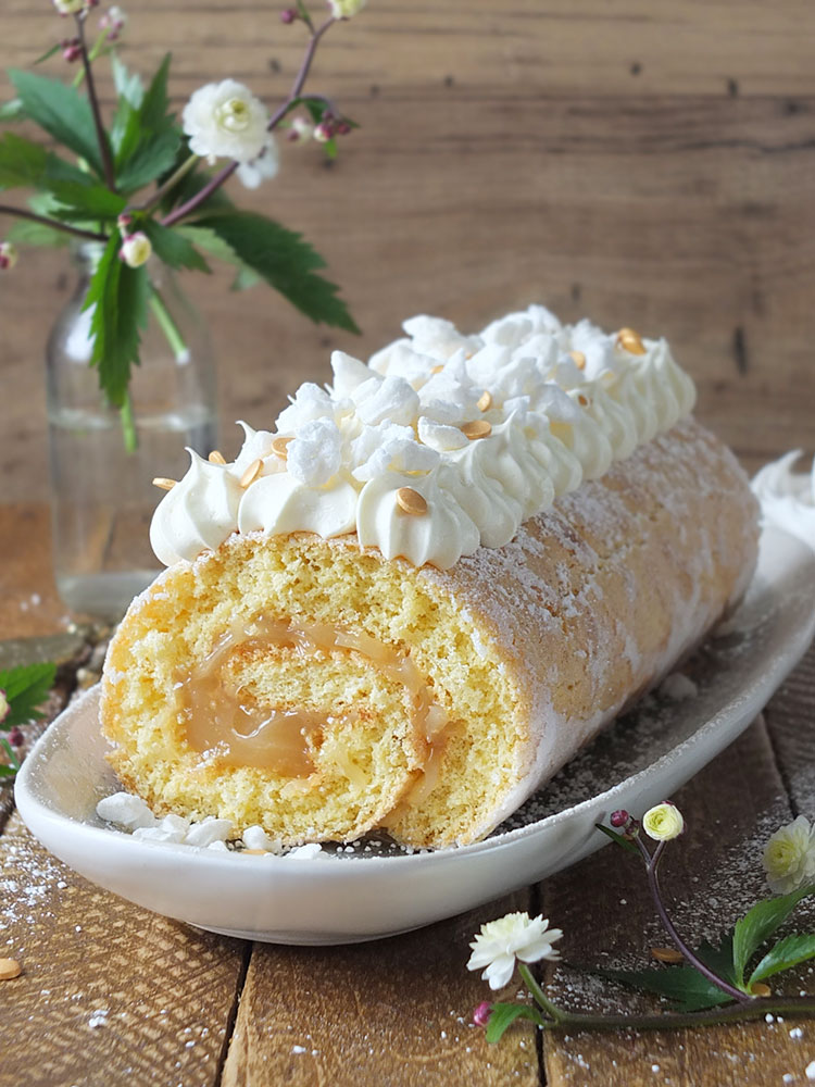 Royal Wedding Lemon & Elderflower Meringue Swiss Roll
