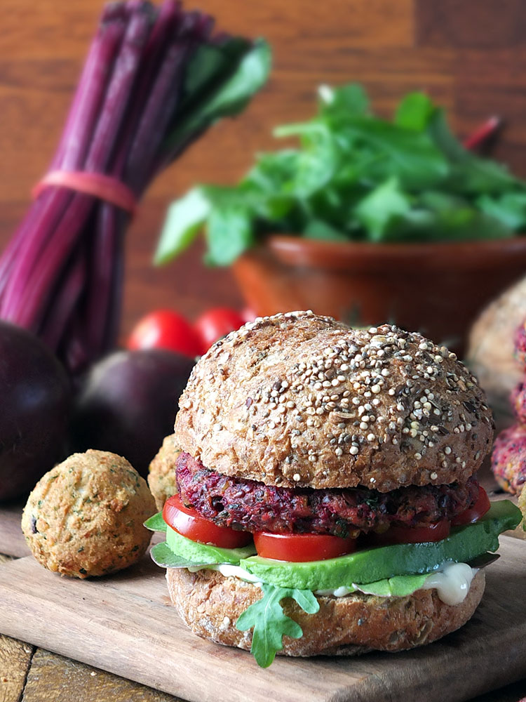 6-Ingredient Vegan Beetroot Falafel Burgers